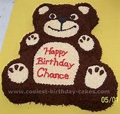 Check out these homemade Teddy Bear childrens cakes. Discover awesome decorating tips to create your best birthday cake for a loved one! You'll also find loads of homemade cake ideas and DIY birthday cake inspiration. Teddy Bear Birthday Cake, Teddy Bear Party, Teddy Bear Cakes, 18th Birthday Cake, Boy First Birthday, Teddy Bears, Chocolate Birthday Cake For Men, Picnic Themed Parties, Birthday Themes For Boys