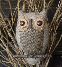 diy primitive owl - pattern - would be cute in Christmas tree