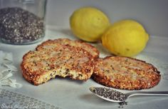 Biscuits légers sans farine, citron-amande-coco et chia (vegan, sans gluten) - Zuckerfreie Kekse Vegan Dessert Recipes, Dairy Free Recipes, Raw Food Recipes, Veggie Recipes, Vegan Gluten Free, Sweet Recipes, Healthy Recipes, Chia Vegan, Desserts Sains