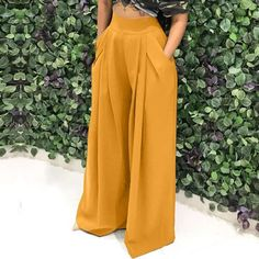Loose palazzo high waist wide leg pant with pleated detail Look Fashion, Fashion Pants, Fashion Dresses, Ad Fashion, Latest Fashion, Fashion Vintage, Fashion Women, Fashion Ideas, Wide Leg Pants