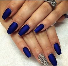 Image via We Heart It #blue #dope #nails #rhinestones #sparkle #bluenails #love