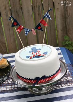 Love the simplicity of the cake, but I'll remove the banner