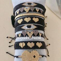 off loom beading techniques Loom Bracelet Patterns, Bead Loom Bracelets, Bead Loom Patterns, Bracelet Crafts, Crochet Bracelet, Woven Bracelets, Beading Patterns, Beading Ideas, Bead Loom Designs