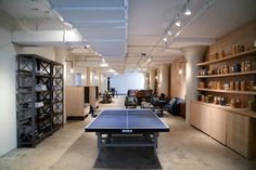 Homepolish recently outfitted e-tailer GILT with a new common area for New York City offices.