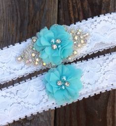 Rhinestone and chiffon elegant wedding garter set