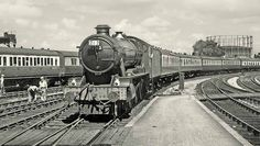 """1013 """"County of Dorset"""" enters Bristol Temple Meads on a sunny day in 1951. It met its end at Cashmores of Newport."""
