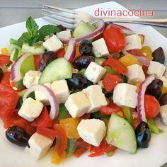 Ensalada de queso al estilo griego < Divina Cocina