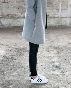 Via La Cool et Chic | Black Grey White | Leather | Adidas | Minimal