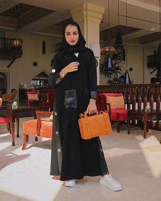 #Repost @kam_227 لكنها أبت أن تستسلم أبت أن يسندها أحد لم تقبل وصاية أحد ولم تعلق مصيرها على توقيع أحد أو بصمة أحد حاولت بجهد أن تتم رحلتها وحدها #subhanabayas #fashionblog #lifestyleblog #beautyblog #dubaiblogger #blogger #fashion #shoot #fashiondesigner #mydubai #dubaifashion #dubaidesigner #dresses #openabaya #uae #dubai #abudhabi #sharjah #ksa #kuwait #bahrain #oman #instafashion #dxb #abaya #abayas #abayablogger #абая Hijab Niqab, Mode Hijab, Hijab Outfit, Muslim Girls, Muslim Women, Black Abaya, Abaya Dubai, Abaya Designs, Bridal Lingerie