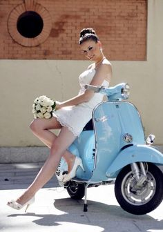 Brides Maid on a Vespa