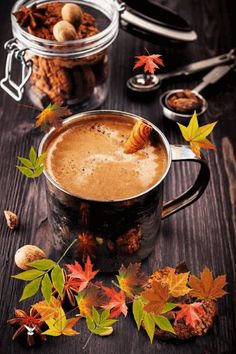 everything can change ♡ for love ♡ Coffee Gif, Coffee Cup Art, Coffee Love, Coffee Break, Morning Coffee Images, Good Morning Coffee, Tea Gif, Coffee Presentation, Autumn Morning