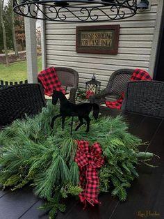 Lisa Hardee's Christmas on the porch 2016_