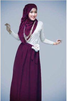 Jessica Maxy ( Rok & Blouse ) Bahan Spandek Jersey + Flower Bross + Pashmina     Fit to L     Harga : Rp. 131.500,-/set     Kode Produk / Product Code : M4507