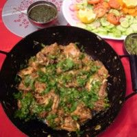 This version of Karahi chicken is mostly made at roadside shacks (dhaba) in Pakistan and it is truly yummy!