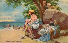Петербургская газета, август 1912 года  К у п а ю щ и е с я дамы жалуются на невозможность пользоваться пляжем в городе, так как места для купанья женщин не огорожены, даже нет простого столба с соответствующей надписью. Проходящие мужчины останавливаются и глазеют на купающихся женщин и нередко устраивают купание в такой непосредственной с ними близости и при том в большинстве случаев без купальных костюмов, что становится не до купаний, пляжа и солнца,