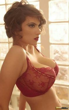 Collection Big Tit In Bras Pictures - Amateur Adult Gallery
