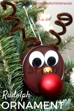 Simple and quick Rudolph the Red Nosed reindeer activity for the Christmas tree! Our homemade reindeer ornament activity starts in the recycling bin. Make a Christmas ornament with your kids and enjoy a Christmas craft session this holiday season!
