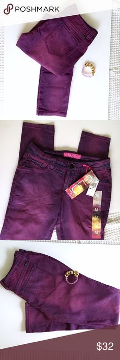PURPLE JEGGINGS 🦄Purple jeggings in size M! Stretching material very comfy! Brand new, never used! [Waist 30cm] [Length 39cm]  ☪ but in bundle from my closet and save money! PINK Victoria's Secret Jeans