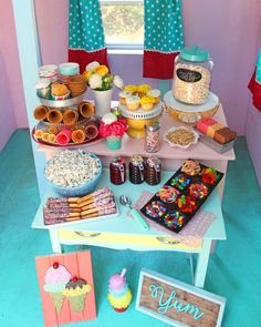 Playhouse Ice Cream Sundae Party with Merry Mag Summer kids or summer party idea, kids party, diy Ice Cream Theme, Ice Cream Party, Sundae Party, Feng Shui, Summer Ice Cream, 4th Birthday Parties, Summer Birthday, 3rd Birthday, Ice Cream Social
