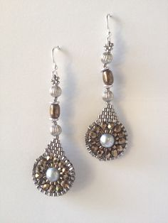 ಠ_ರೃ Aretes bijoux on Pinterest | Beaded Earrings, Brick Stitch ... www.pinterest.com2448 × 3264Sök med bild Jeka Lambert, seed bead woven earrings Besök sidan 	 Visa bild