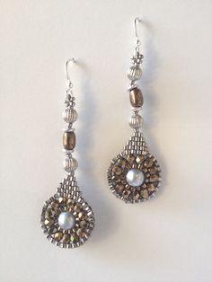 ಠ_ರೃ Aretes bijoux on Pinterest | Beaded Earrings, Brick Stitch ... www.pinterest.com2448 × 3264Sök med bild Jeka Lambert, seed bead woven earrings Besök sidan  Visa bild