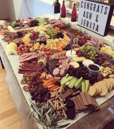 Ideas Birthday Food Table For 2019 Appetizers Table, Wedding Appetizers, Appetizer Recipes, Appetizer Table Display, Food Display Tables, Wedding Appetizer Table, Snack Tables, Wedding Snacks, Cheese Table
