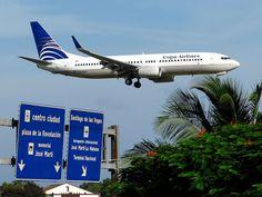 Copa Airlines llegando a la Habana, Cuba.