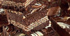 Sernik Prince Poloforma 20x 20 cm na dolnej krawędzi, 24x 24 cm na górnej krawędziskładniki na spód:- 280 g czekoladowych kruchych ciastek- 100 g roztopionego masłaPiekarnik nastawić na 180 stopniBlaszkę ...