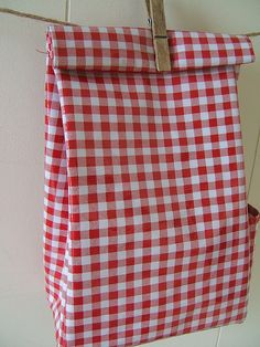 gingham lunch bag