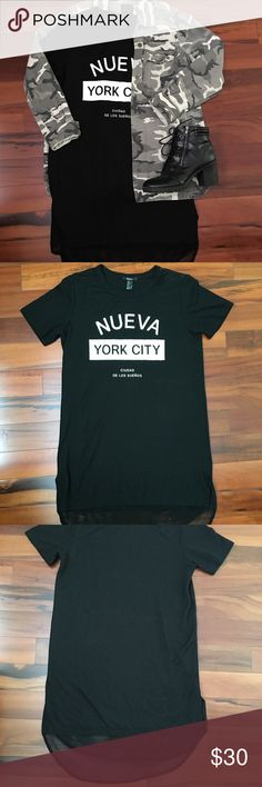 New York Street Style Dress Super cute Nueva York City dress with netting bottom, great with a jacket and boots. Bold typography & soft comfy stretch fabric t-shirt style dress. Forever 21 Dresses
