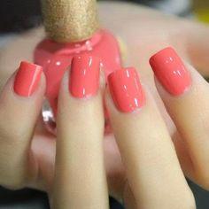 polish nails 5 best - nail art nail designs Source by Love Nails, How To Do Nails, Fun Nails, Pretty Nails, Coral Nails, Peach Nails, White Nails, Nails Polish, Nail Polish Colors