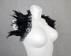 Gothic Burlesque & Fantasy feather accessories for von xSwanSongx Headdress, Headpiece, Burlesque Outfit, Gothic Accessories, Gothic Wedding, Black Feathers, Gothic Outfits, Black Swan, Burning Man