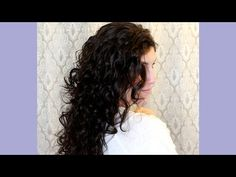 'Plop' Your Hair to Give Yourself The Perfect Natural Curls