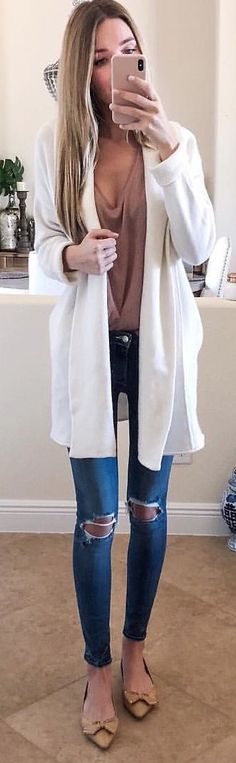 #winter #outfits white cardigan. Pic by @kaitlinkkeegan.