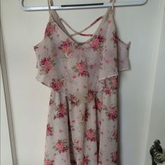 Flounce Floral Skater Dress with strappy back Very light material with two layers. Stretchy waistband Forever 21 Dresses Mini