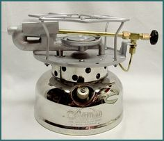 Coleman 500 Speedster stove made in Canada