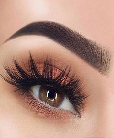 Gorgeous Eye Make-up Look & Style in 2019 - Face Makeup Red Makeup, Eye Makeup Tips, Cute Makeup, Makeup Goals, Makeup Inspo, Makeup Inspiration, Beauty Makeup, Makeup Ideas, Makeup Guide