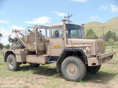 Photos and pictures of Army and Military Vehicles and Equipment in South and Southern Africa - Army Truck Photos Page 2 - Samag, Samil Ford Heavy Duty, Once Were Warriors, Military Engineering, Army Day, Defence Force, Military Equipment, Tow Truck, African History, Armored Vehicles