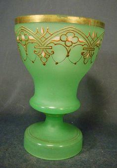 Uran-Pokalglas, emailbemalt 2. Hälfte 19. Jh.
