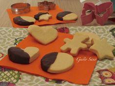 Ricetta: Biscotti di frolla, al cioccolato ( adatti da preparare con i bambini )