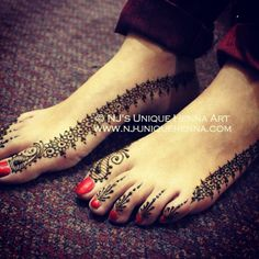 Simple bridal feet henna 2013 © NJ's Unique Henna Art   Bridal henna mehndi. NJ's Unique Henna Art © All rights reserved. Henna by Nadra Jiffry. Based in Toronto, Canada. Specializing in Bridal henna and henna crafts. This is my work and my photos only.  www.nj-uniquehenna.com