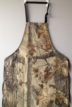 Shop here for handmade aprons. Allee Aprons & More creates durable, high-quality, adjustable women's and men's denim work aprons. Choose yours today.