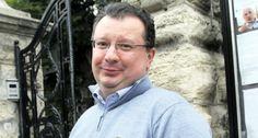 Да ли је Српска напредна странка пред распадом? - http://www.vaseljenska.com/misljenja/da-li-je-srpska-napredna-stranka-pred-raspadom/