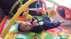 Ginásio de atividades para bebês