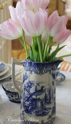 Porcelana azul y blanca