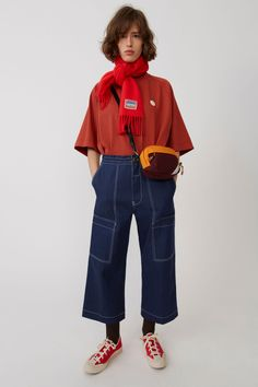 Acne Studios Blå Konst Iron Dye indigo are carpenter trousers with loose, straight fit legs, a drawstring waistband, and patch pockets. 90s Fashion, Vintage Fashion, Fashion Outfits, Fashion Trends, Fashion Boots, Korean Fashion, Fashion Tips For Women, Womens Fashion, Autumn Winter Fashion