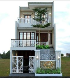 The exterior is the face of the house that everyone will see in the first part. Take a look at the world's most beautiful modern homes and find Narrow House Designs, Modern Small House Design, Classic House Design, Latest House Designs, 2 Storey House Design, Bungalow House Design, House Front Design, Small House Exteriors, Modern Exterior House Designs