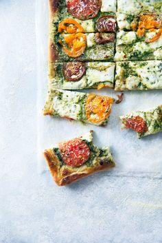 Say goodbye to heirloom tomato season with this ridiculously addicting heirloom tomato pesto pan pizza!