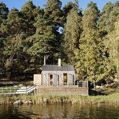 Sauna in Stockholm Archipelago, Sweden designed by General Architecture - great farm design