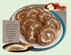 Seven Grain Date Roll Cake with Apple Cream Cheese - Good Food And Treasured Memories Jam Roll, Date Rolls, Jelly Roll Cake, Golden Cake, Great Recipes, Favorite Recipes, Apples And Cheese, Cream Cheese Filling, Strawberry Cakes